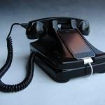 Productos extraños para ganar dinero, reciclar un teléfono antiguo para cargar un iPhone