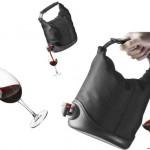 Productos extraños para ganar dinero, una bolsa o cartera para llevar vino