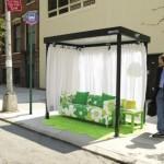 Viral Marketing de los muebles IKEA en los paraderos de buses
