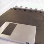 Reciclar diskettes o floppy disks y conviértelos en un block de notas para ganar dinero