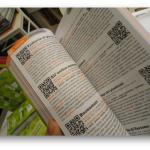 Ideas de negocios con libros, combinar un libro físico con información de internet mediante códigos QR