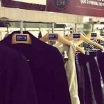 Ganar dinero con Facebook en un negocio tradicional, colgadores de ropa que te dicen que ropa le gusta más a los usuarios de Facebook